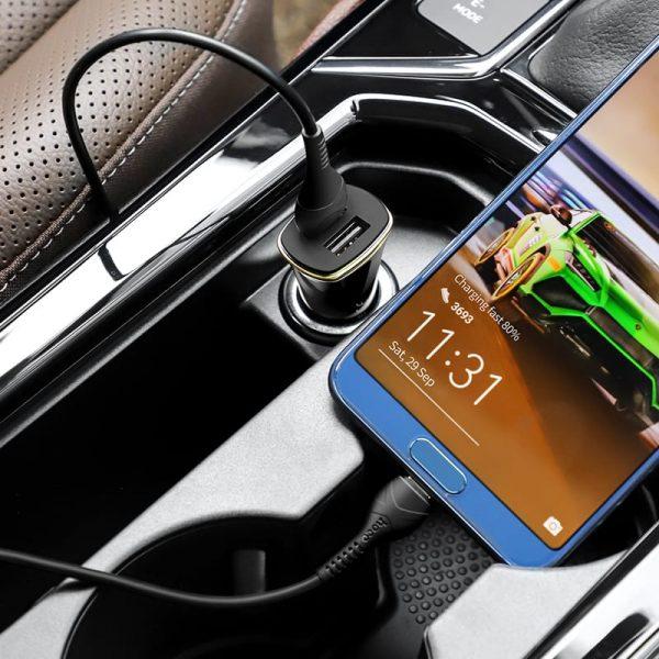 Автомобильное зарядное Hoco Z31 Universe 18W 2xUSB